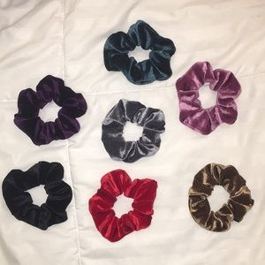 Accessories - 7 velvet scrunches bundle